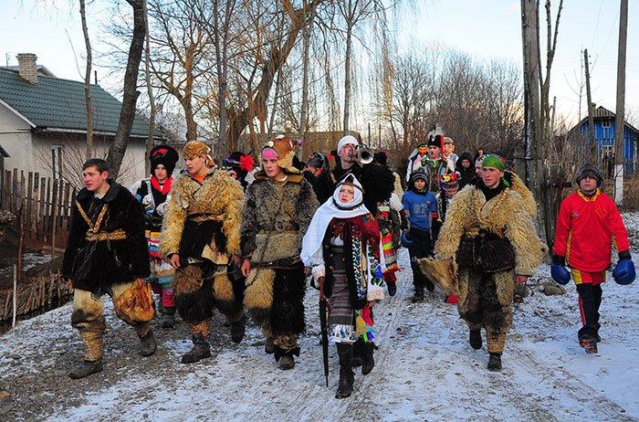 Готовий сценарій на свято Старий Новий рік, фото 1
