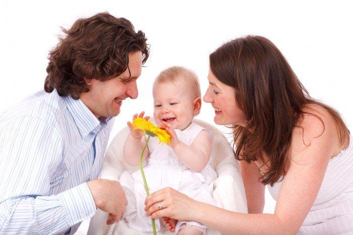 Цікаві факти про сім'ю. Перша дитина