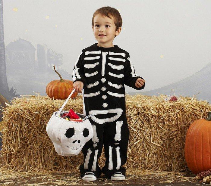 Костюмы на Хэллоуин. Скелет.