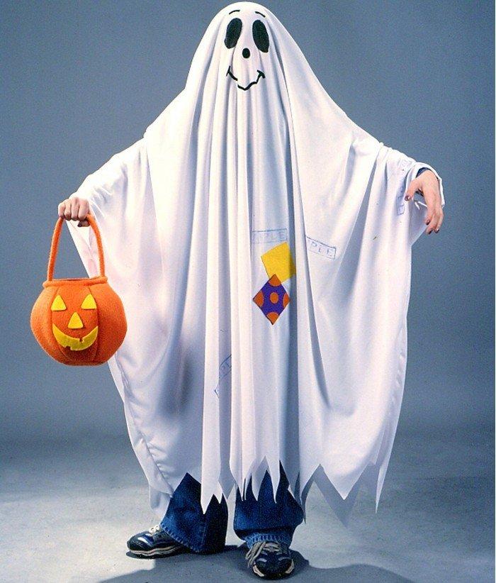 Хэллоуин. Костюм привидения