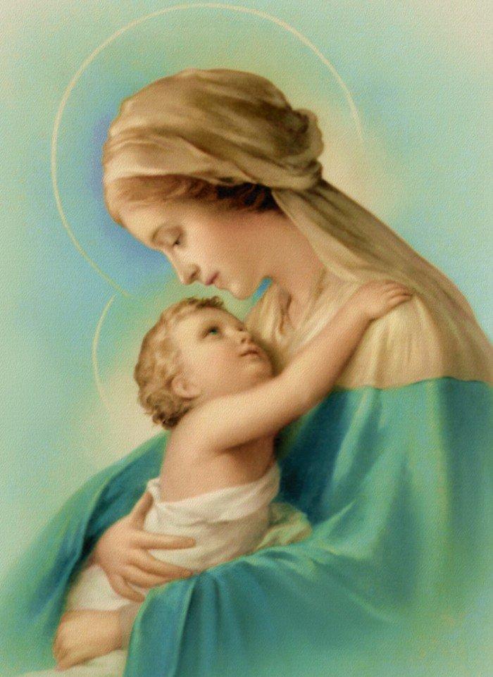 День матері. Місяць Пречистої Діви Марії
