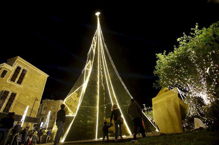 Главные новогодние елки мира. Самые красивые рождественские елки, фото 10