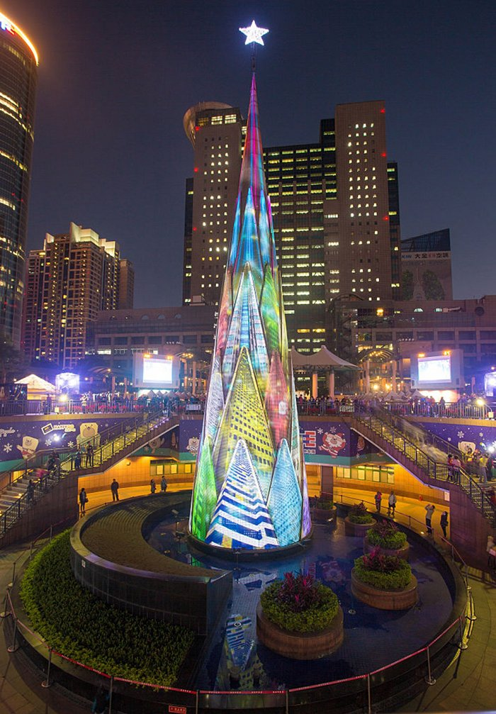 Главные новогодние елки мира. Самые красивые рождественские елки, фото 7