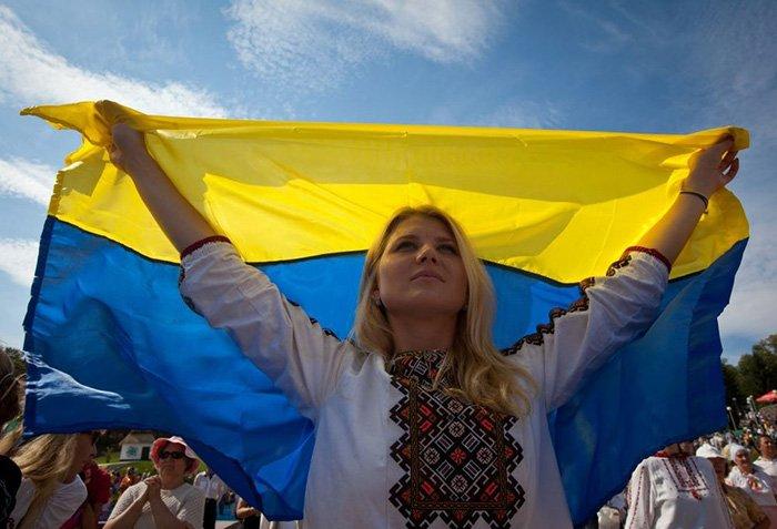 Поздравления с Днем Конституции Украины в прозе