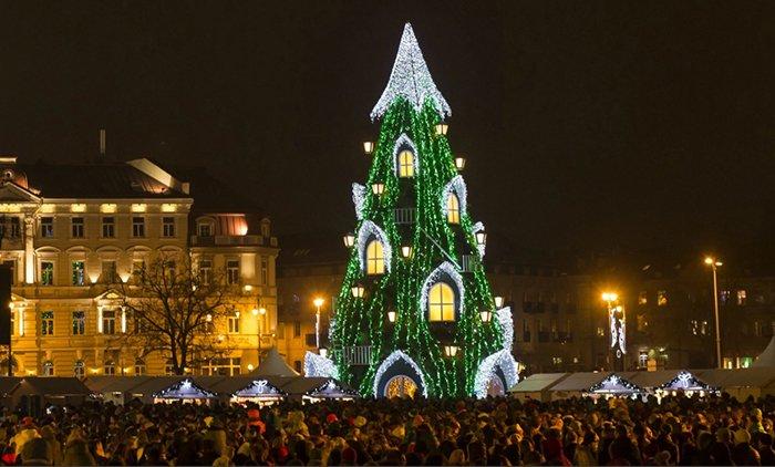 Главные новогодние елки мира. Самые красивые рождественские елки, фото 3