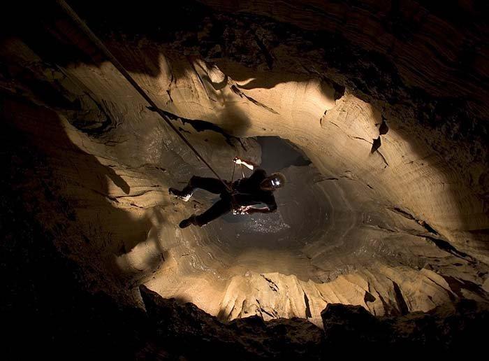 Печера Крубера-Вороняча — найглибша печера в світі, фото 11