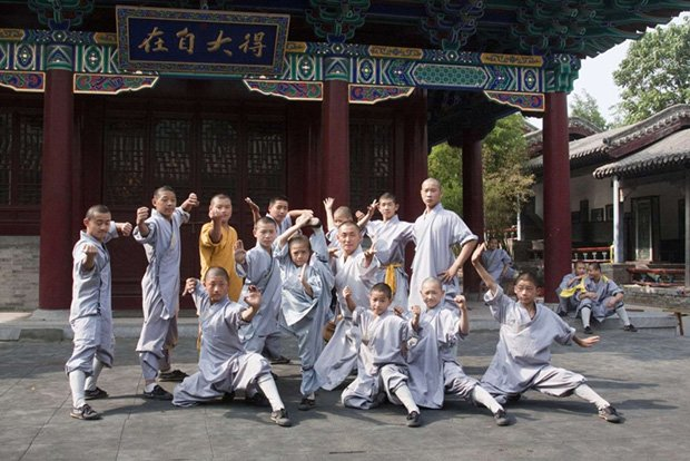 Кунг-фу-шоу біля храму Шаолінь. Історія кунг-фу