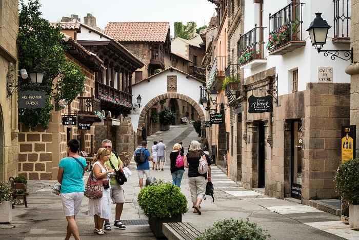 Іспанське селище посеред Барселони