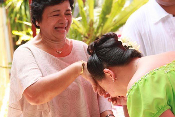 Незвичайні й оригінальні привітання в різних країнах світу - фото 6