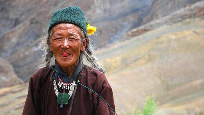 Незвичайні й оригінальні привітання в різних країнах світу - фото 3