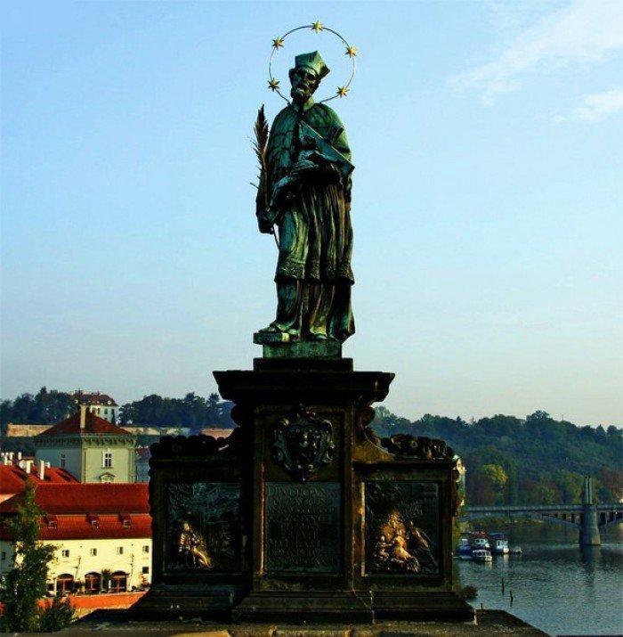 Місця в світі, де загадують бажання - Скульптура Яна Непомуцького, Чехія