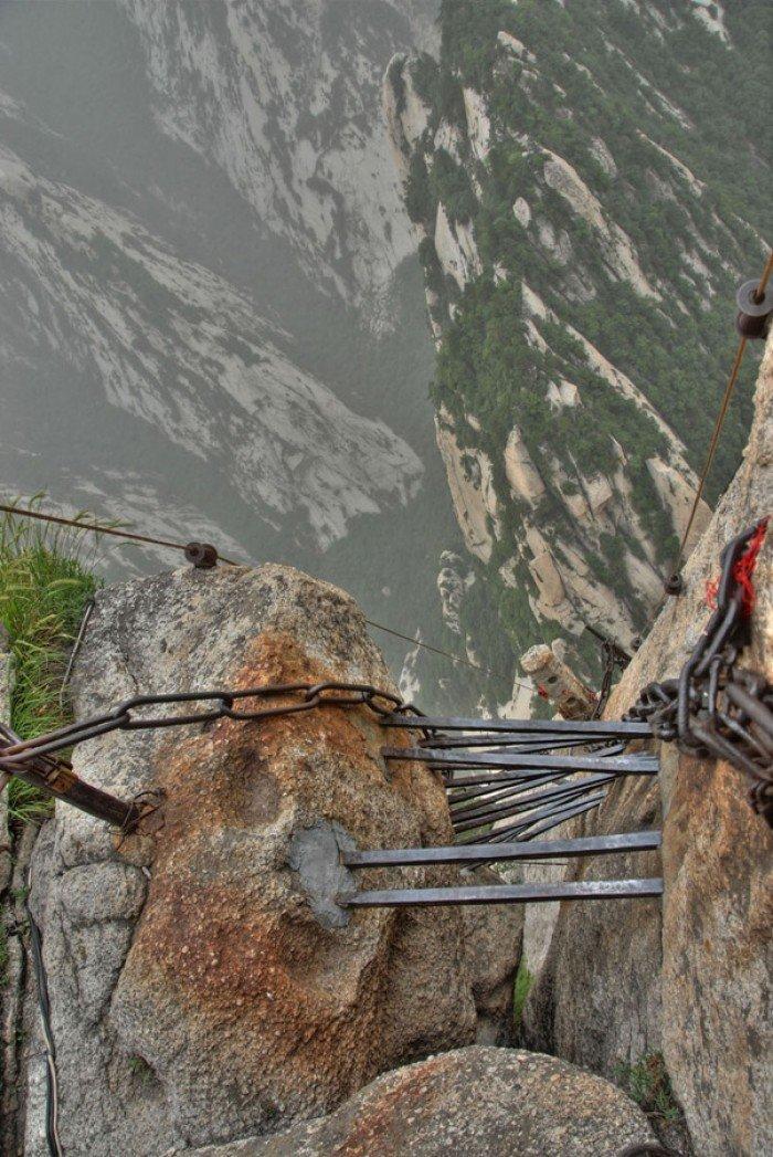 """""""Тропа смерти"""" в Китае - самая страшная тропа в мире. Фото 8"""