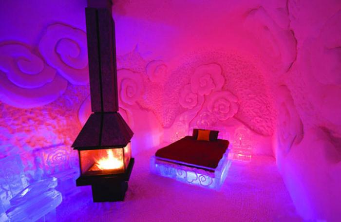 "Крижаний готель ""Hotel of Ice"" в Канаді - фото 2"
