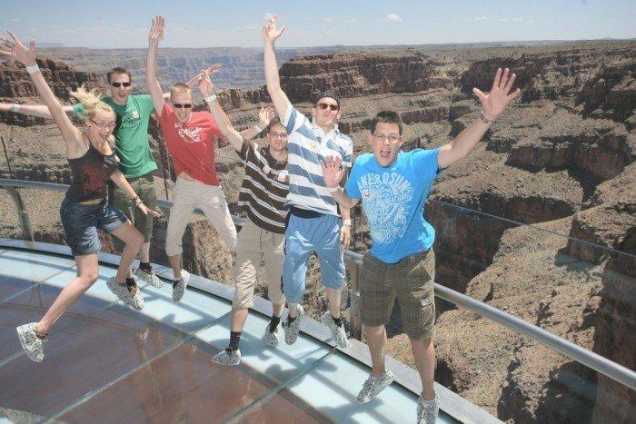 Оглядовий майданчик Skywalk над Великим Каньйоном(США) - фото 1