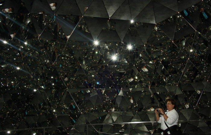 Музей Сваровскі в Австрії, фото - зеркальна кімната