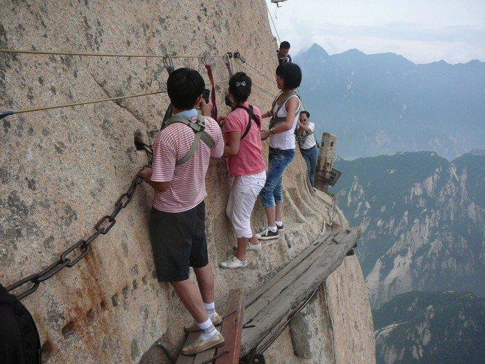 """""""Тропа смерти"""" в Китае - самая страшная тропа в мире. Фото 2"""