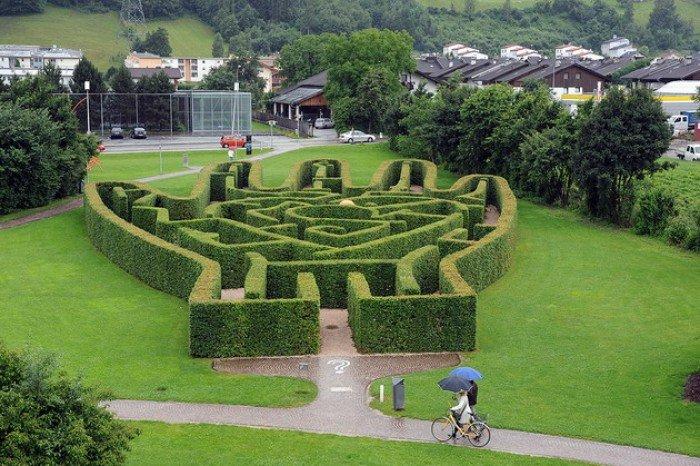 Музей Сваровскі в Австрії, фото - сад