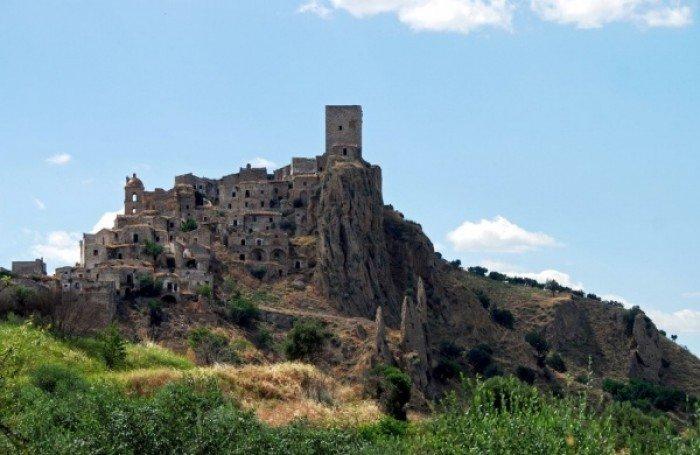 Заброшенные и таинственные места Земли, фото - Како, Италия