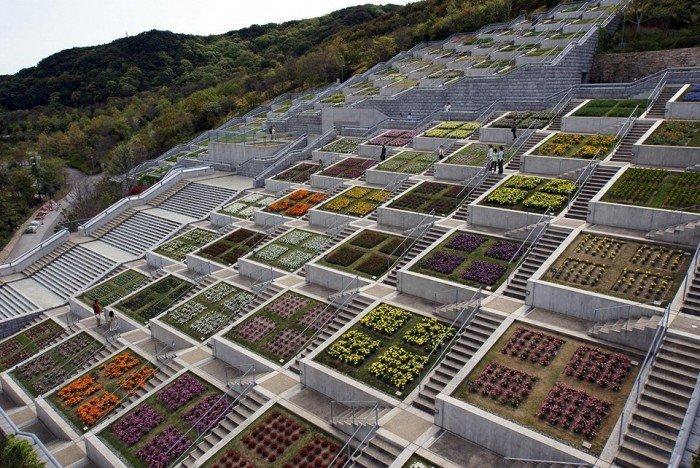 Известные лестницы мира. Необычная лестница в Японии