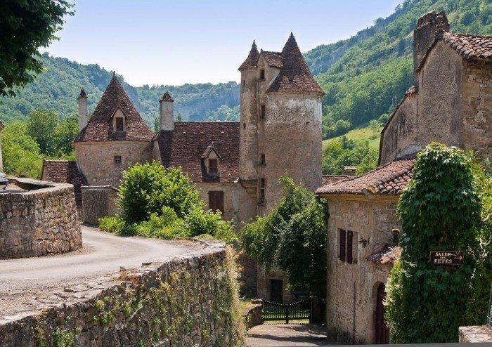 Самые красивые деревни Европы, фото - село Отуар, Франция