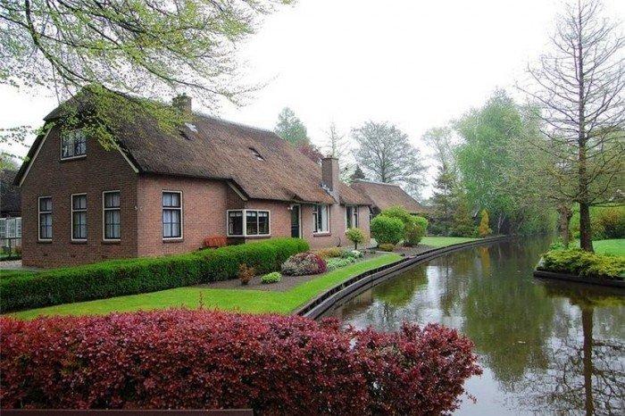 Гитхорн в Голландии - деревня, где нет дорог. Фото 3