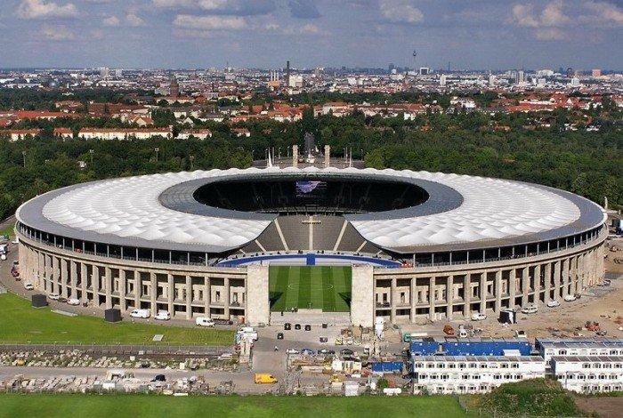 Найбільші стадони Європи для футболу - Берлін