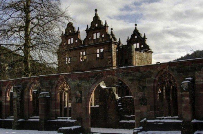 Красиві покинуті місця світу, фото - Монастир ХV ст. в Чорній фортеці в Німеччині