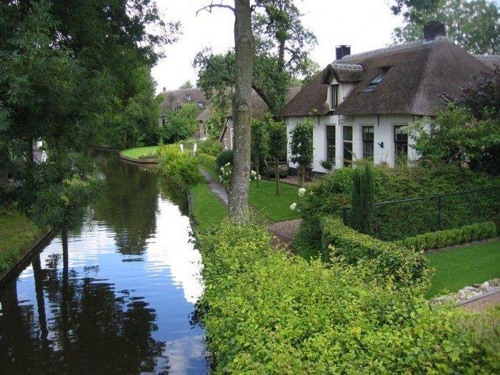 Гитхорн в Голландии - деревня, где нет дорог. Фото 1