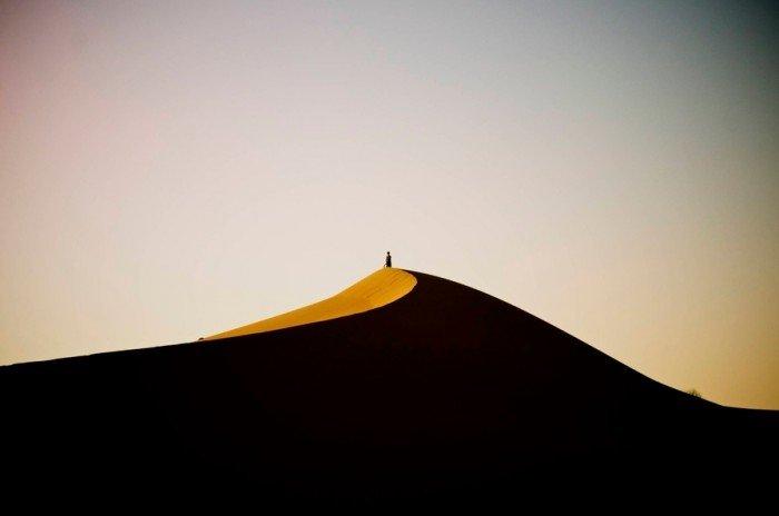 Пустеля Сахара - найбільша пустеля в світі