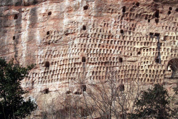Пещерный монастырь Майцзишань в Китае. «Пшеничная гора», фото 7