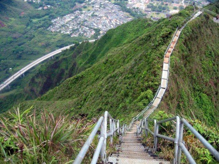 Известные лестницы мира. Необычная лестница Гавай
