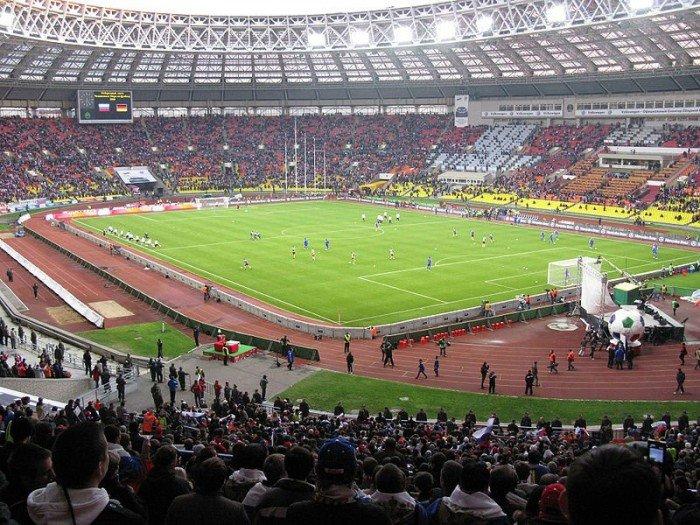 Найбільші стадони Європи для футболу - Лужники, Москва