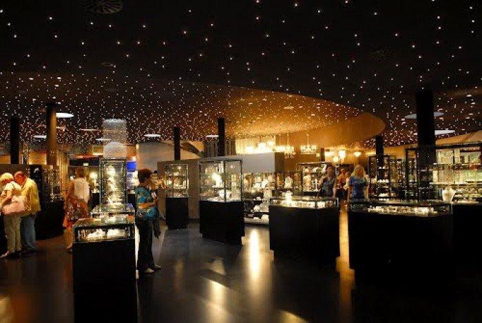 Музей Сваровскі в Австрії, фото 1 - крамниця кристалів