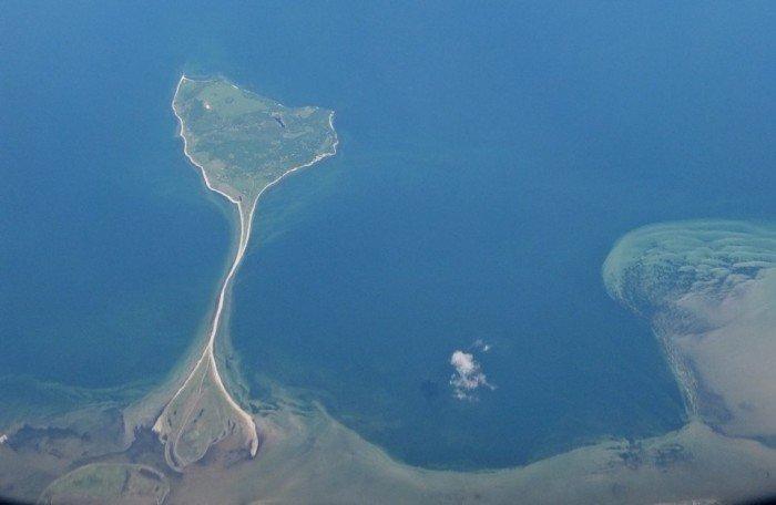 Необычные острова, фото - остров-скат