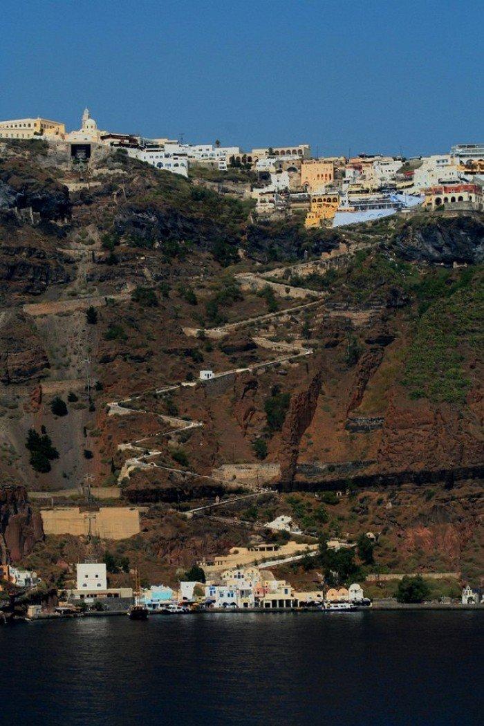 Известные лестницы мира. Необычная лестница в Греции