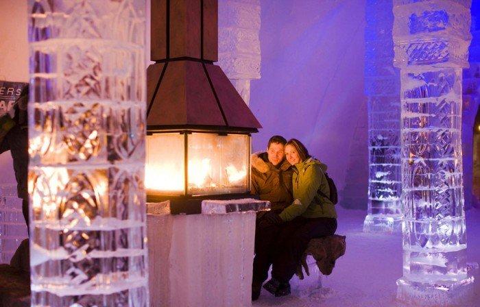 Отель изо льда в Канаде - фото 1