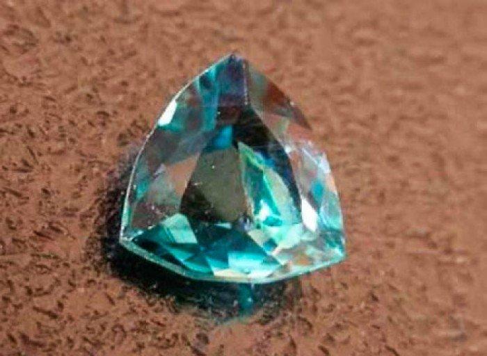 Самые редкие драгоценные камни в мире, фото - грандидьерит