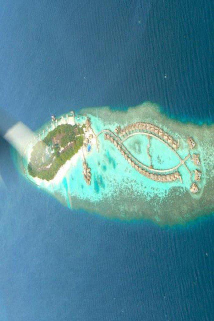 Необычные острова, фото - остров-карнавальная маска