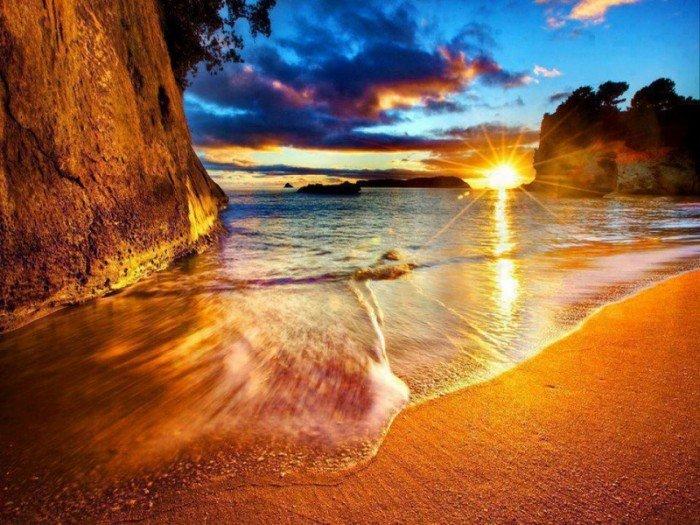 Райские уголки планеты - Берег Cathedral Cove в Новой Зеландии