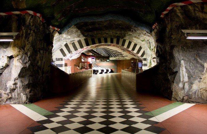 Красивые станции метро в Стокгольме, фото 11