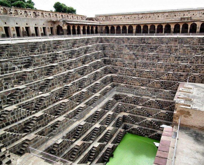 Известные лестницы мира. Необычная лестница в Индии