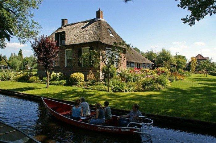 Гитхорн в Голландии - деревня, где нет дорог. Фото 2