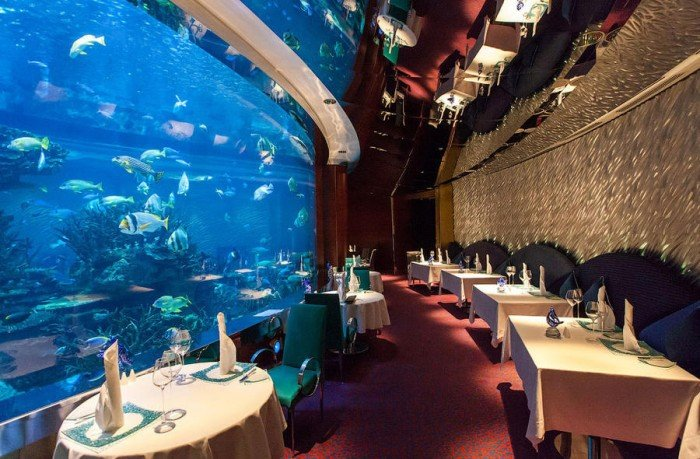 Ресторан акваріум «Аль Махара» в Дубаї, фото 1