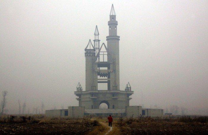 Красиві покинуті місця світу, фото - Закинутий парк розваг неподалік від Пекіна