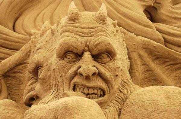 Венеция, Международный фестиваль песчаных скульптур.