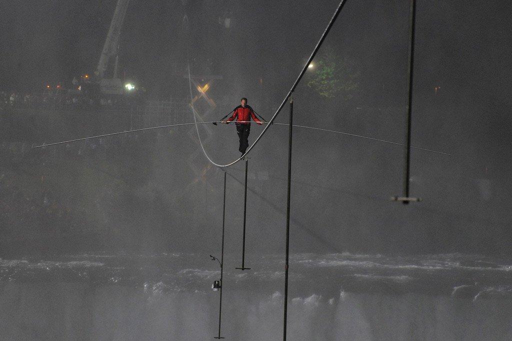 Американець подолав Ніагарський водоспад