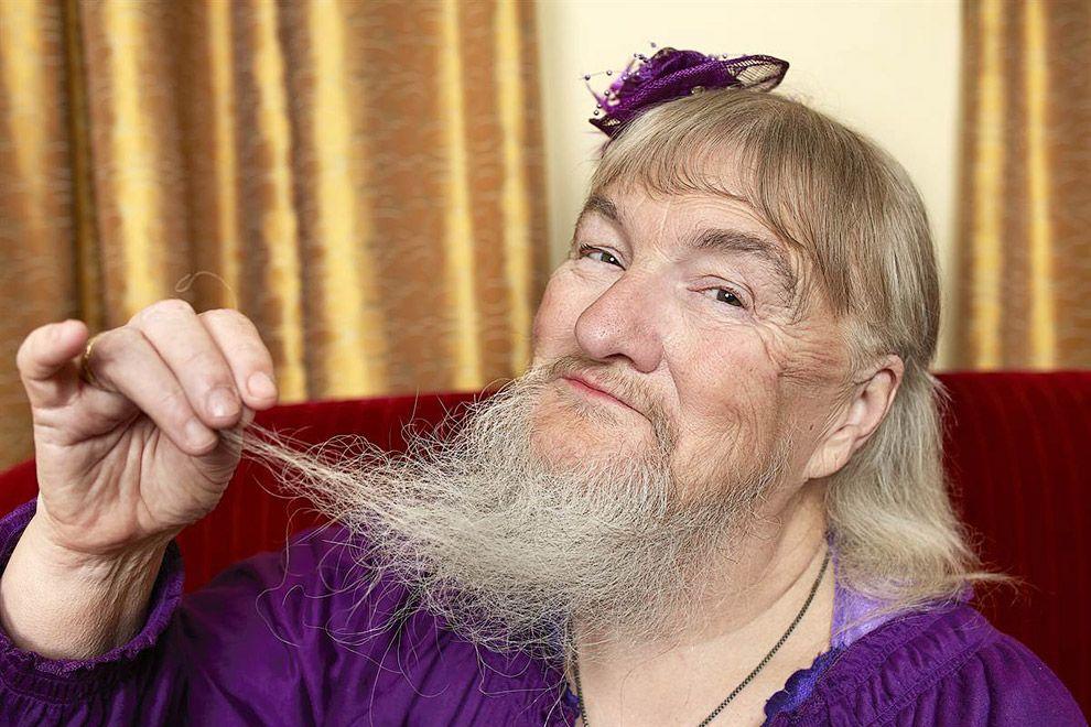 Найдовша борода у жінки