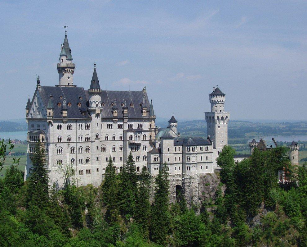 Найкрасивіші замки світу. Цікаві назви замків.