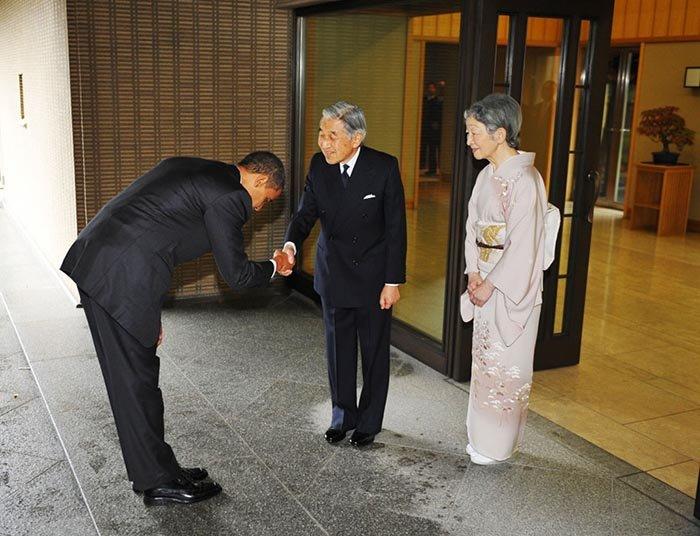 Незвичайні й оригінальні привітання в різних країнах світу - фото 9