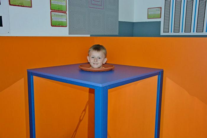 захопливий музей науки Експериментаніум